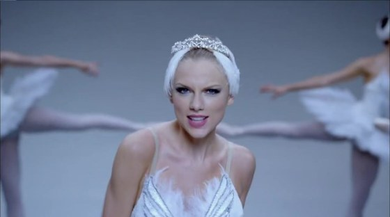 taylor-swift-shake-it-off-video-falls-flat